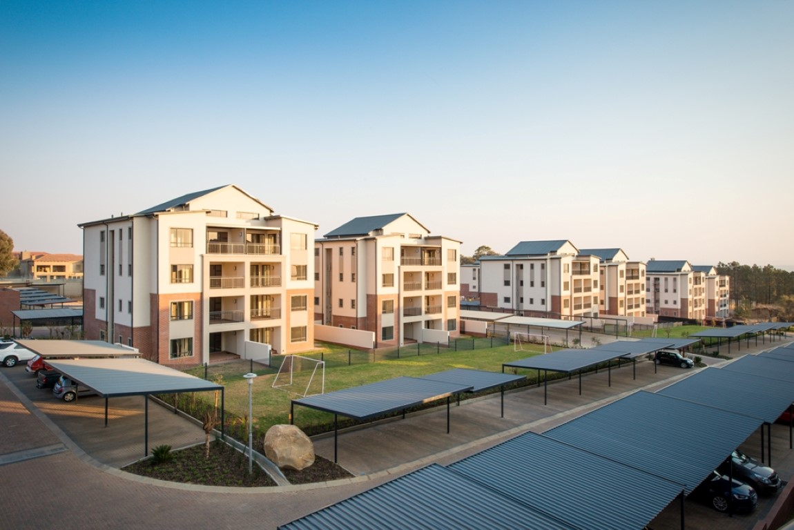 New Property Developments In Midrand : Luxury apartments in midrand with trafalgar century